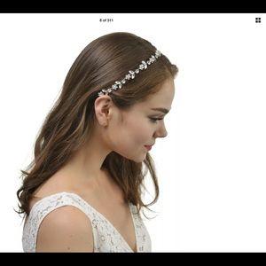 New Beautiful wire/ribbon hair accessory//headband